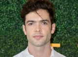 'Star Trek: Discovery' Casts Ethan Peck as Spock