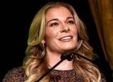 LeAnn Rimes Cries as She Says Therapy Saved Her From Early Grave