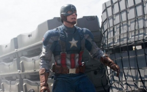 Chris Evans Shares Rare 'Captain America: The Winter Soldier' Training Clips