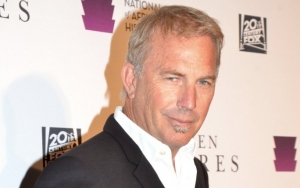 Kevin Costner Skipped Oscars After-Party to Hang Out With 'Dances With Wolves' Cast and Crew