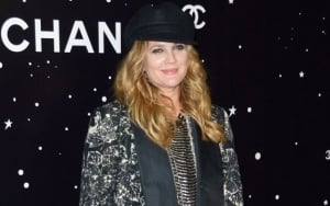 Drew Barrymore Opens Up About Unpretty Life With Crying Bare Face Photo