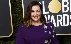 Fellow Stars Grateful to Melissa McCarthy for Smuggling Sandwiches Into Golden Globes
