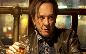 Richard E. Grant Pays Homage to Late Friend by Wearing Bandana in 'Can You Ever Forgive Me?'