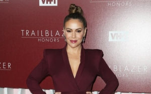 People Baffled by Alyssa Milano's Call for Sex Strike to Protest Strict Abortion Laws