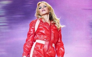Kylie Minogue Reduced to Tears During Solo Debut at 2019 Glastonbury