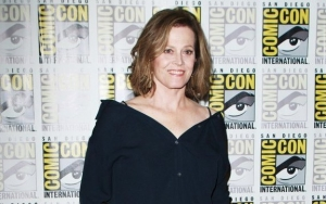 Sigourney Weaver, 71, Insists on Doing Her Own Underwater Stunts for 'Avatar' Sequel