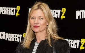 Kate Moss Terribly Uncomfortable as She Felt Pressured to Get Naked During Early Career