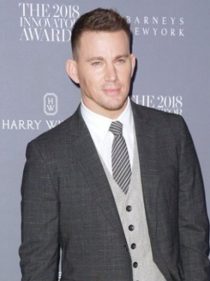 Channing Tatum Divides Fans With His New Bald Head