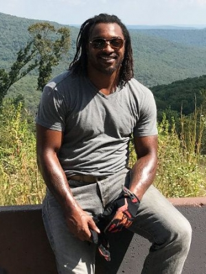 Ex-NFL Player Cedric Benson Pronounced Dead at Scene After Fiery Motorcycle Crash