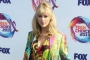 Taylor Swift Rocks Breast Cancer Charity Concert