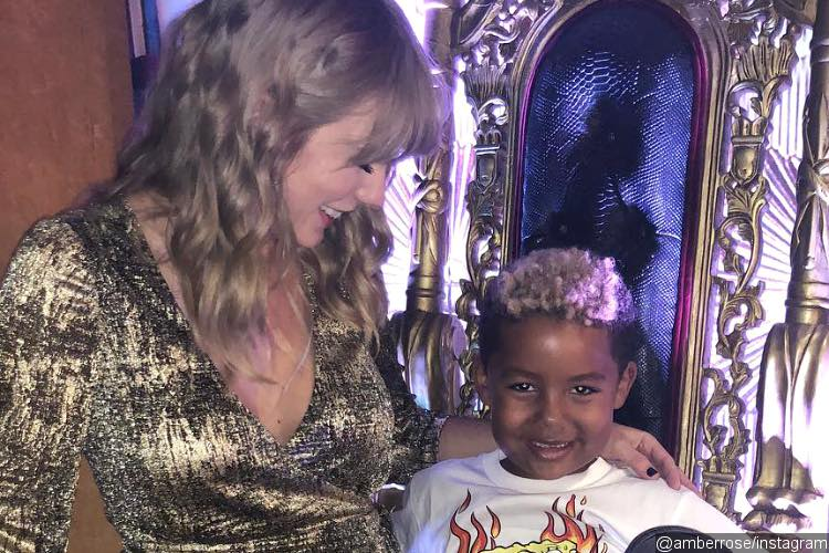 Amber Rose and Wiz Khalifa's Son Starstruck When Meeting Taylor Swift