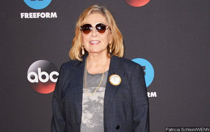 Roseanne Barr Backs Out of TV Interview, Plans Interview With Herself