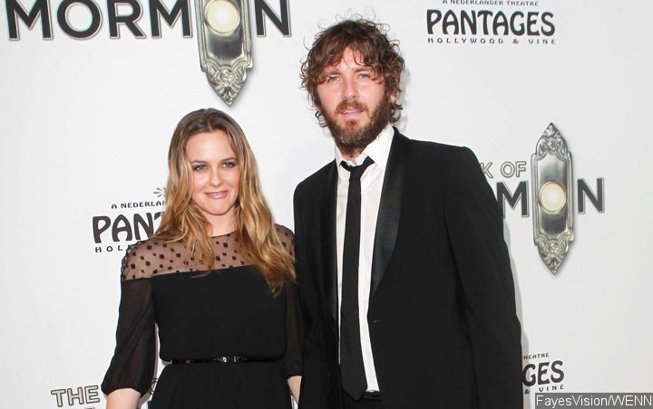 Alicia Silverstone Requests for Mediator to Help With Divorce Settlement