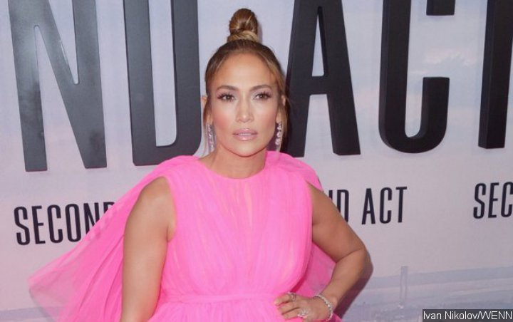 Jennifer Lopez to Commemorate 50th Birthday With Summer Tour