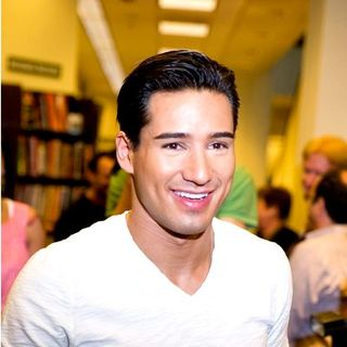 "Mario Lopez Signs Copies of ""Mario Lopez's Knockout Workout"" at Barnes & Noble in Los Angeles"