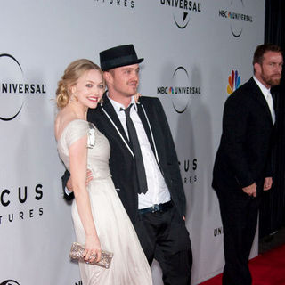 Aaron Paul, Amanda Seyfried in 66th Annual Golden Globes NBC After Party - Arrivals