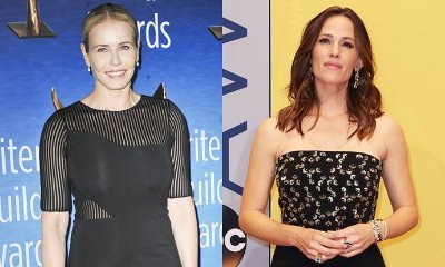 Chelsea Handler Helps New Pal Jennifer Garner to Find New Man
