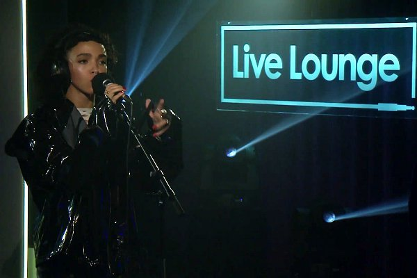 Video: FKA twigs Performs Haunting Cover of Sia's 'Elastic Heart'