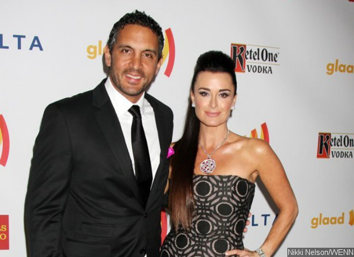 Kyle Richards and Mauricio Umansky's Home Burglarized During Family Vacation in Aspen