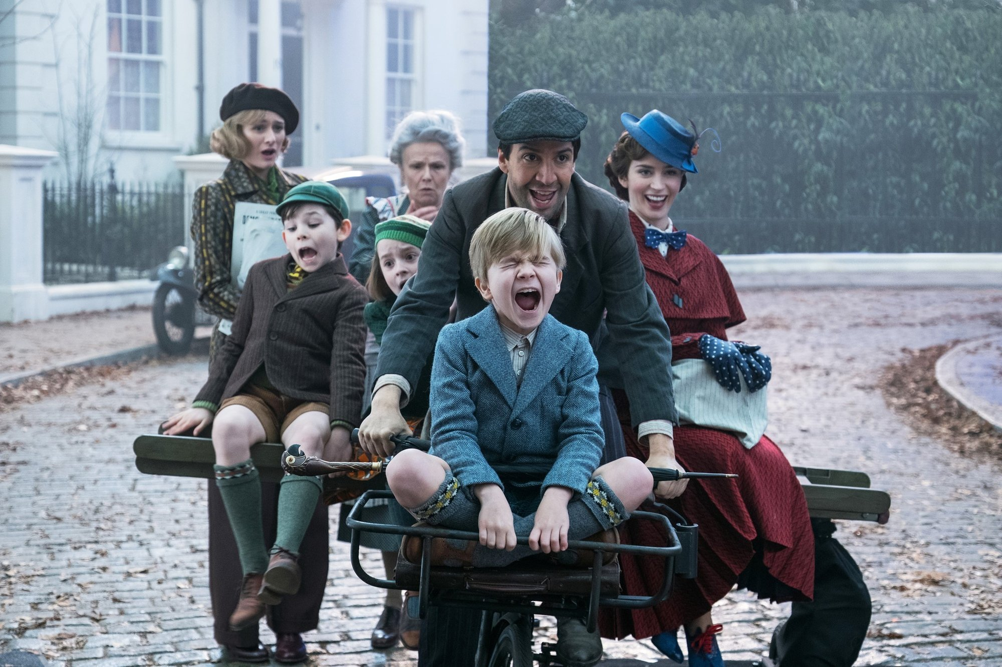 Emily Mortimer, Nathanael Saleh, Julie Walters, Pixie Davies, Joel Dawson, Lin-Manuel Miranda, and Emily Blunt in Walt Disney Pictures' Mary Poppins Returns (2018)