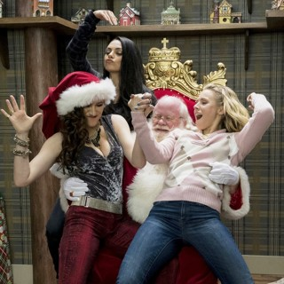 Kathryn Hahn, Mila Kunis, Phil Pierce and Kristen Bell in STX Entertainment's A Bad Moms Christmas (2017)