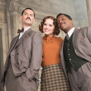 Tom Bateman, Daisy Ridley and Leslie Odom Jr. in 20th Century Fox's Murder on the Orient Express (2017)