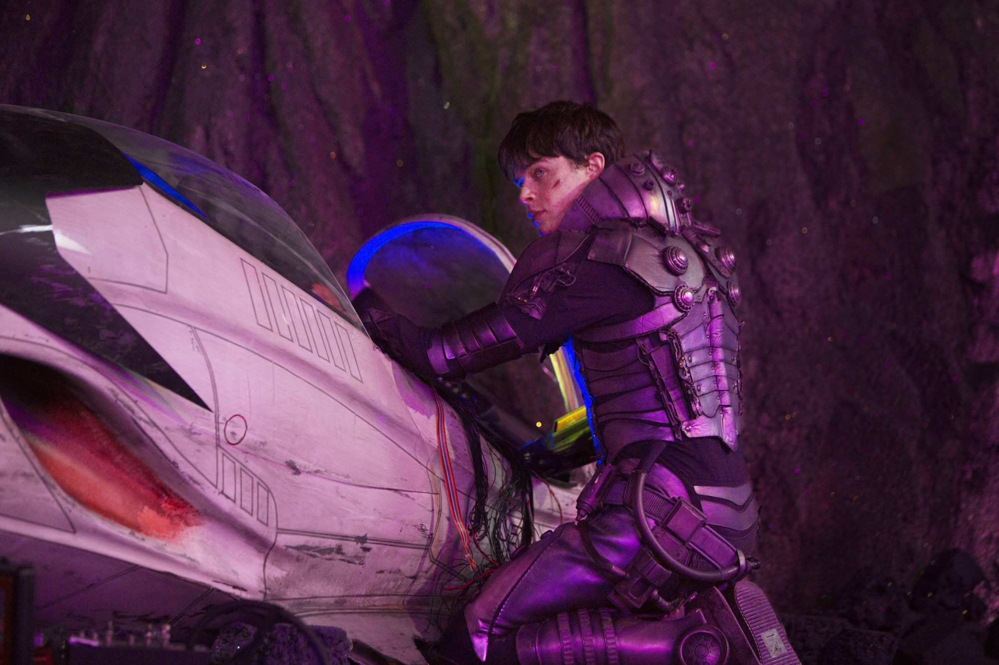Dane DeHaan stars as Valerian in STX Entertainment's Valerian and the City of a Thousand Planets (2107))