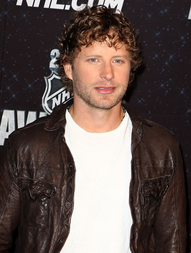 Dierks Bentley Picture 17 2012 Acm Awards Arrivals