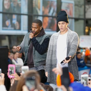 Justin Bieber Performing Live on NBC's Today Show