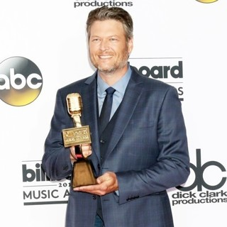 Blake Shelton in 2017 Billboard Music Awards - Press Room