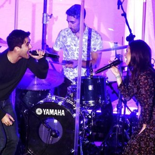 Lea Michele and Darren Criss Perform