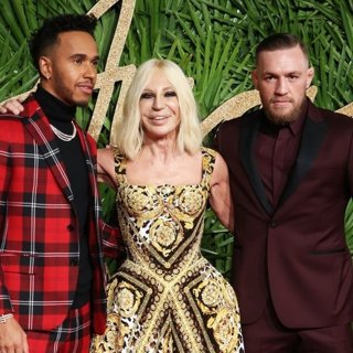 Lewis Hamilton, Donatella Versace, Conor McGregor in The British Fashion Awards 2017 - Arrivals