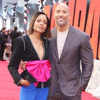 Naomie Harris, The Rock in European Premiere of Rampage - Arrivals