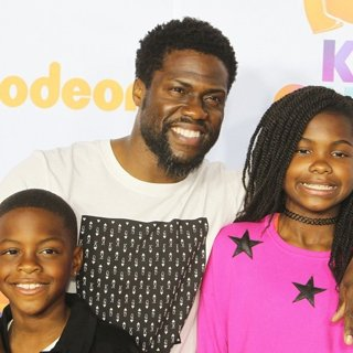 Hendrix Hart, Kevin Hart, Heaven Hart in Nickelodeon's 2017 Kids' Choice Awards - Arrivals