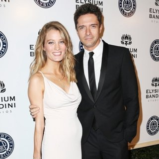 Ashley Hinshaw, Topher Grace in The Art of Elysium Presents Stevie Wonder's HEAVEN - Celebrating The 10th Anniversary