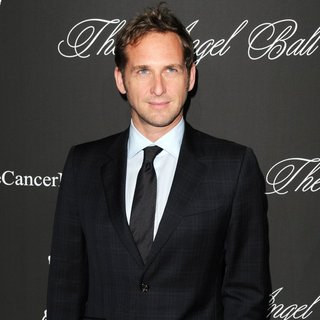 Josh Lucas in Gabrielle's Angel Foundation Hosts Angel Ball 2014 - Red Carpet Arrivals