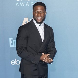 Kevin Hart in The 22nd Annual Critics' Choice Awards - Arrivals
