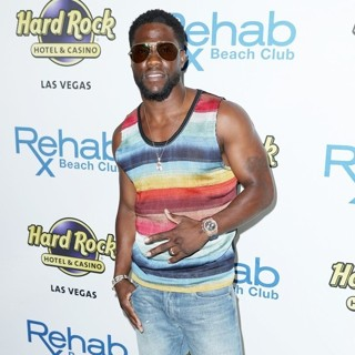 Kevin Hart in Hard Rock Hotel and Casino Kicks Off Grand Opening Weekend with Kevin Hart