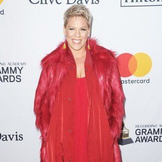 Clive Davis and Recording Academy Pre-GRAMMY Gala 2018 - Red Carpet Arrivals