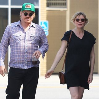Pregnant Kirsten Dunst and Jesse Plemons in West Hollywood