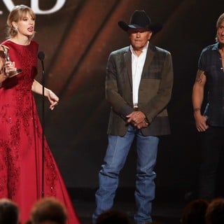 Taylor Swift, George Strait, Keith Urban in 47th Annual CMA Awards - Show
