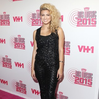 Tori Kelly in 3rd Annual VH1 Big Music in 2015: You Oughta Know - Arrivals