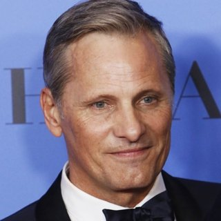Viggo Mortensen in 76th Golden Globe Awards - Press Room