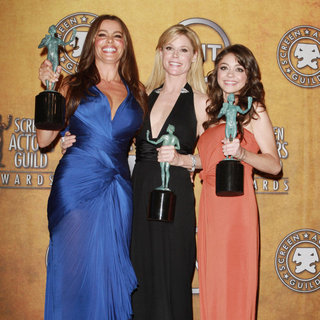 Sofia Vergara, Julie Bowen, Sarah Hyland in The 17th Annual Screen Actors Guild Awards (SAG Awards 2011) - Press Room