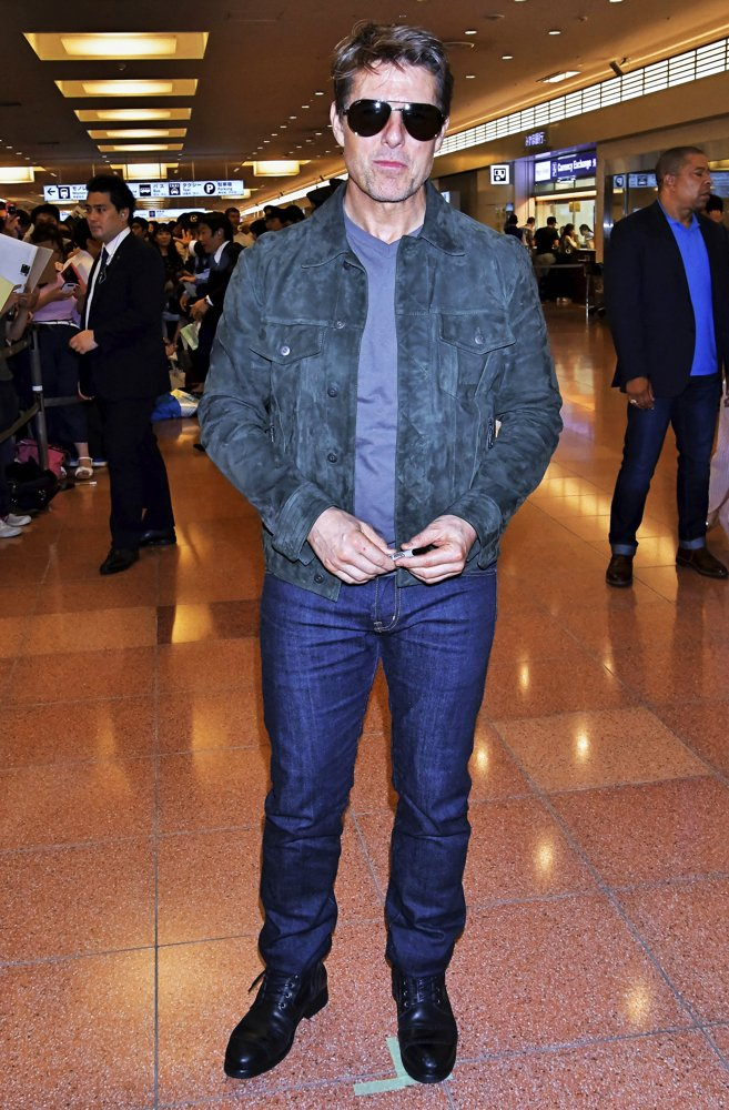 Tom Cruise<br>Tom Cruise Arrive at Tokyo International Airport