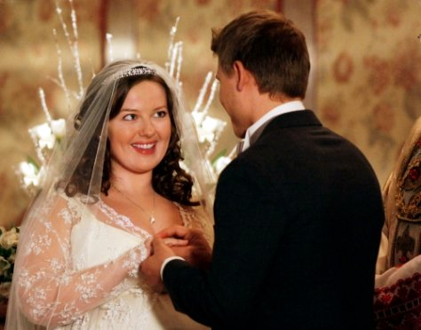 'Gossip Girl' 3.18 Preview: Dorota to Get Married