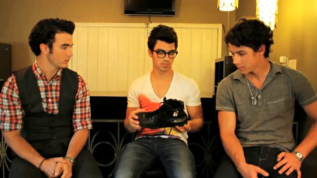 Jonas Brothers' 'One Day Without Shoes' PSA