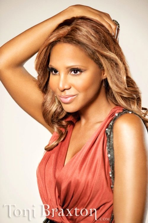 Toni Braxton Pole Dancing in 'Hands Tied' Music Video