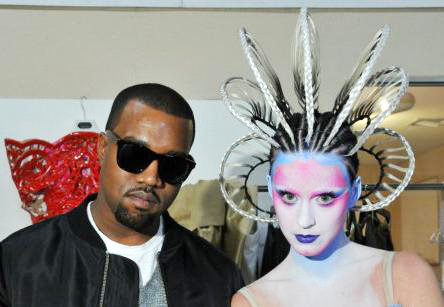 Picture: Katy Perry Posing as Alien With Kanye in 'E.T.' Music Video