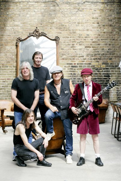 AC/DC Change Stance on Digital Sales and Release Entire Album on iTunes